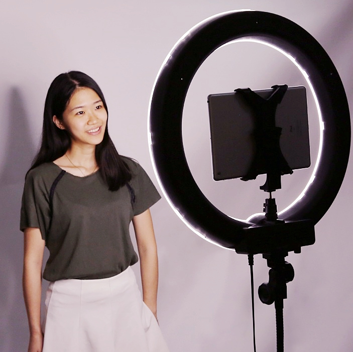 neewer_ring_light_shooting